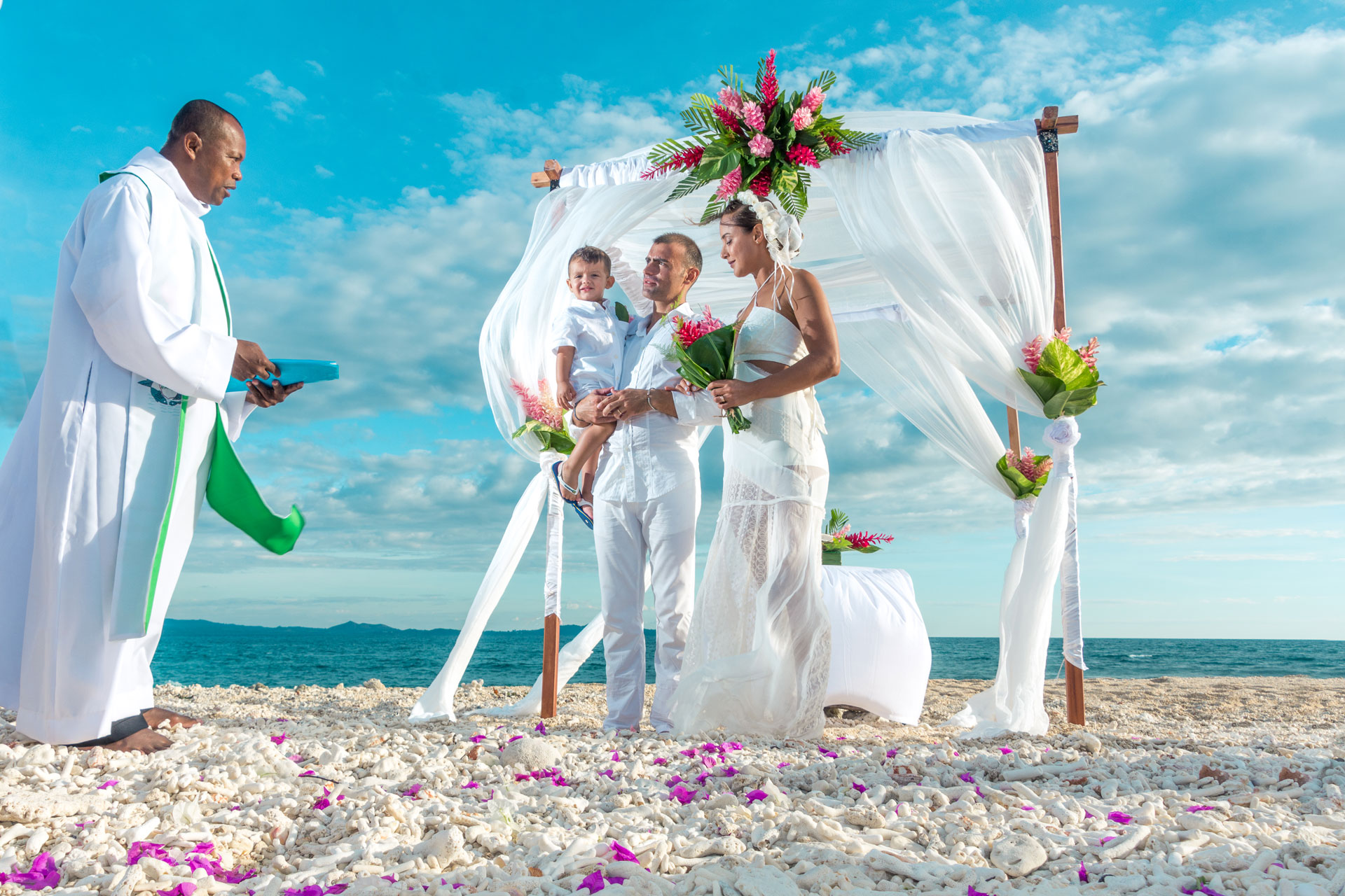 Matrimonio Simbolico Promesse : Viaggio di nozze madagascar rinnovo promesse andilana beach resort